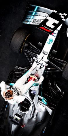 Best Picture For Formula 1 Wallpapers poster For Your Taste You. You are in the right place about F1 Lewis Hamilton, Lewis Hamilton Formula 1, Mercedes Petronas, Amg Petronas, Mercedes World, Mercedes Amg, Formula 1 Gp, Hamilton Wallpaper, Gp F1