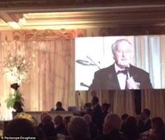 Former Canadian PM serenades Donald Trump in Mar-a-Lago