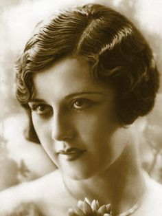 1920's Hairstyles Extraordinary 1920's Hair Styles  1920′s Hairstyles And Haircuts Turn Backfull