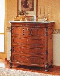 https://i.pinimg.com/236x/a6/7e/01/a67e012ce6bed8920bfe8bc60e385640--wood-chest-classic-furniture.jpg