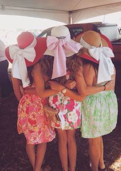 Kentucky derby women's hats and fashion outfit ideas 157 Derby Outfits, Preppy Outfits, Summer Outfits, Cute Outfits, Derby Attire, Pink Outfits, Preppy Girl, Preppy Style, My Style