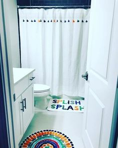 Give bath time a bright accent with an-ultra splashy quote and a soft and absorbent mat. Bathroom Theme Ideas, Girl Bathroom Decor, Bathroom Kids, Bathroom Inspo, Bathroom Shower Curtains, Mobile Home Living, Home And Living, Apple Kitchen Decor, Bedroom Stuff