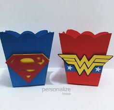 Cachepôs feitos com Papel gramatura 180grs Superman Party, Superhero Birthday Party, 5th Birthday, Birthday Party Themes, Wonder Woman Birthday, Wonder Woman Party, Twins 1st Birthdays, Dc Super Hero Girls, Candyland