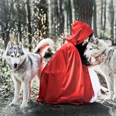 Red Riding Hood by Mariana Mikhailova, via 500px