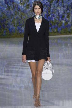 Christian Dior Spring 2016 Ready-to-Wear Fashion Show - Mica Arganaraz