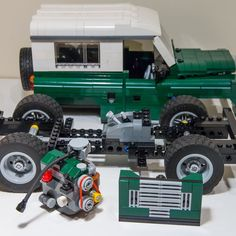 Did I mention I love landrovers : Photo Lego Technic Truck, Best 4x4, Car Trailer, Trailers, Lego Construction, Lego Photography, Lego Moc, 4x4 Trucks, Lego Brick