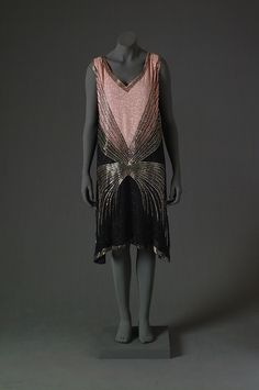 Evening dress, 1925-27, Mode Museum