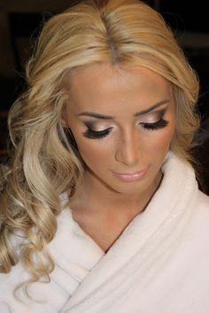 Gold Winged Smokey Eye Makeup