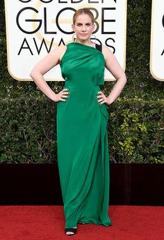 Anna Chlumsky Dress: Roland Mouret Anna Chlumsky, Emerald Green Evening Dress, Green Dress, Dress Red, Amanda Bynes, Red Carpet Ready, Red Carpet Looks, Meryl Streep, Golden Globe Awards 2017