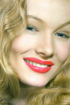Veronica Lake photographed by Eugene Robert Richee, 1944