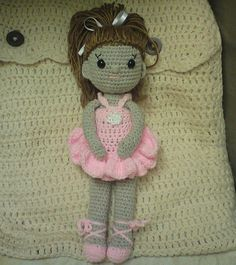 amigurumi doll-use flesh colored yarn instead of gray