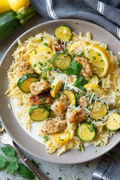 Healthy Cooking, Healthy Eating, Cooking Recipes, Healthy Recipes, Cooking Zucchini, Healthy Food, Orzo Recipes, Dinner Recipes, Dinner Ideas