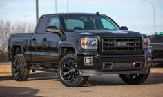 Truck Tuesday featuring another shot of this incredible 2015 GMC Sierra Carbon Edition upgraded with new tires, mud flaps, running boards, 2 inch lift, tinted lights and wrapped bumpers. Jacked Up Trucks, Gm Trucks, Chevy Trucks, Pickup Trucks, 2018 Chevy Silverado 1500, Chevrolet Silverado, Gmc Denali, New Chevy, Truck Accessories