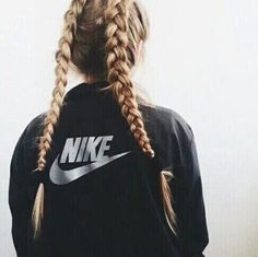Image about hair in Outfits💁👚👙👗👖 by MamiCakes Undone Look, Good Hair Day, About Hair, Hair Dos, Gorgeous Hair, Pretty Hairstyles, Grunge Hairstyles, Pigtail Hairstyles, Her Hair