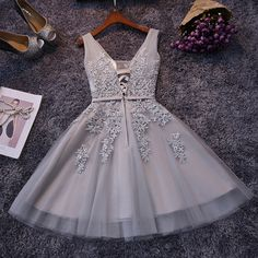 In Stock Elegant Tulle V Neck Lace Appliques Party Dress Cheap Short Prom Dresses 2016 Under 50$ For Teens Graduation Gowns
