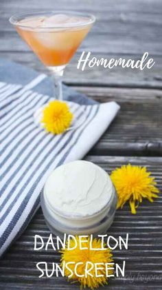 Make your own broad-spectrum homemade sunscreen that will protect you from both UVA and UVB sun rays and smells like coconut and dandelion #herbalism, #herbalhealth, #naturalremedies, #skincareremedies, #herbaldiy #sunscreen, #dandelions Skin Care Remedies, Herbal Remedies, Eczema Remedies, Vegan Recipes Plant Based, Real Food Recipes, Natural Cleaning Recipes, Natural Cleaning Products, Good Sunscreen For Face, Homemade Beauty Products