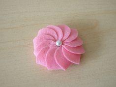 Free tutorial-How to make a cream cookie - Felt Food,felttoys,Pattern,tutorials from Fairyfox