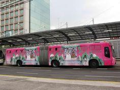 metrobus frida kahlo