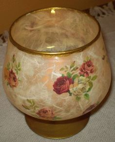LAMPION DECOUPAGE - Αναζήτηση Google Decoupage Plates, Decoupage On Glass, Fun Easy Crafts, Stained Glass Crafts, Christmas Dishes, Bottle Art, Vintage Pictures, Diy Home Decor, Candle Holders