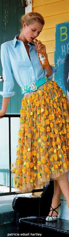 Toni Garrn for Elle Italia Feb. 2015 - That skirt is amazing.