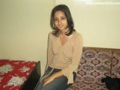 Sexy Indian GF with her Boyfriend Goes Nude Showing her Panty