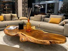 #liveedgeslab #solidwood #slab #resintable #epoxidharz #epoxyresin #epoxytable #epoxydesign #epoxyresinart #workshop #woodworkshop #woodlovers #woodworker #woodworkersofinstagram #kuletische #holzwerkstatt #baumtisch #manufaktur #interiordesign #interiorinspo #interior #innenarchitektur #designinspiration #designdeinteriores #liveedgetable #liveedgefurniture #liveedgedesign