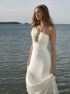 Laid-back elegance is all yours with one of these amazing destination-friendly wedding dresses.