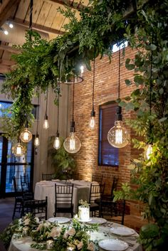 Hotel decor is always an impeccable inspiration to any home interior project. Get to know how this lighting hospitality projects are something to get a peak at!
