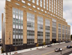 The former Post Office in downtown Saint Paul has been converted into a Hyatt Place hotel. The building was originally built in 1933