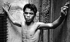 Manny Pacquiao pictured as a teenager in a boxing gym in Manila before he became a global superstar Manny Pacquiao, Boxing Gym, Boxing Workout, Timothy Bradley, General Santos, Boxing Images, Professional Boxing, Cali Girl, Floyd Mayweather