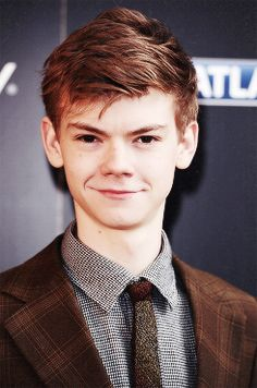 Thomas Brodie-Sangster Photos Photos - Thomas Brodie Sangster attends the season launch of 'Game of Thrones' at One Marylebone on March 2013 in London, England. - 'Game of Thrones' Season Launch in London Thomas Brodie Sangster, Maze Runner Maze, Maze Runner Thomas, Kellin Quinn, Sam Claflin, Godzilla, Jon Snow, Game Of Thrones, Movies And Series