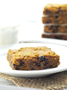 Healthy Pumpkin Chocolate Chip Cookie Bars - Happy Healthy Mama