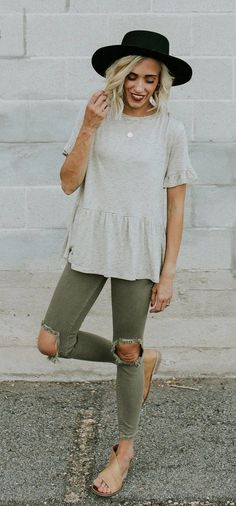 summer outfits Black Hat + Grey Top + Khaki Destroyed Skinny Jeans