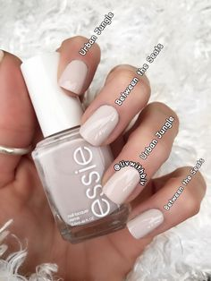 If you are a big fan of manicure, you can not miss the Essie brand. Neutral Nails, Nude Nails, Gel Nails, Neutral Outfit, Manicures, Diy Nagellack, Nagellack Trends, Essie Nail Polish Colors, White Nail Polish