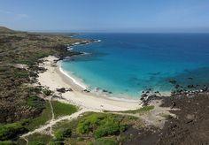 Kua Bay (Manini'owali Beach) is part of the Kekaha Kai State Park, which is located along the leeward coast of the Big Island of Hawaii. Hawaii Vacation, Hawaii Travel, Vacation Spots, Hawaii Beach, Hawaii Trips, Hawaii 2017, Hawaii Life, Aloha Hawaii, Vacation Ideas