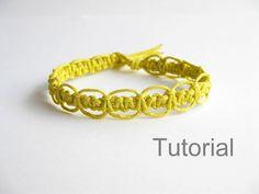 Étape par étape de macrame bracelet modèle pdf tutoriel directives jaune poignet bracelet Noël cadeau Comment à bricolage noués tuto makrame...