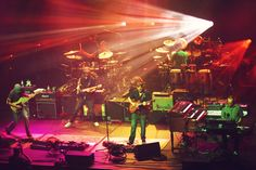 the boys doing what they do ~ Umphrey's
