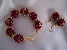 Outstanding Crochet: Crochet bracelet and earrings. Free pattern.