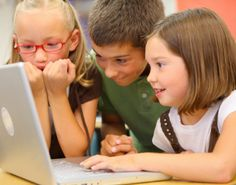 Great 'how to' on teaching kids coding. As I know nothing about coding, but I can definitely recognize it's importance. This resource is necessary for me moving forward teaching coding and digital literacy. Teaching Technology, Educational Technology, Technology Lessons, Learning Activities, Kids Learning, Stem Learning, Learning Process, Teaching Kids To Code, Stem Classes