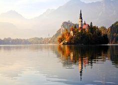 Kościół, Wyspa, Góry, Jesień, Jezioro