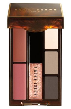 pretty Bobbi Brown lip and eye palette http://rstyle.me/n/tuqbmr9te