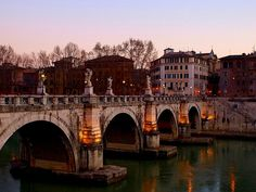 Ponte Sant'Angelo in Roma,Italy. Rio, Italy Travel, Dusk, Tuscany, Abandoned, Travel Destinations, Travel Photography, Spain, Beautiful Pictures