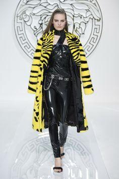 #Winter 2013, #Versace, #VUNK, #Womenswear, #Apparel, #Fashion, http://www.style-tips.com/en/news/archives/49303