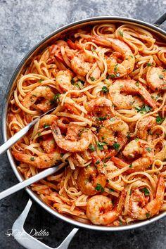 15-Minute Creamy Tomato Garlic Butter Shrimp | http://cafedelites.com