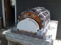 Hi Everyone,  First off I'm basing my Pizza Oven on Minesamojito's oven. All credit to him!!!  Found his website and loved the idea of re-using and recycling materials to make the oven and hopefully