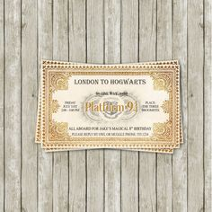 Envoyez des invitations qui ressemblent à des billets de train du Poudlard Express.   25 idées géniales pour organiser une soirée Harry Potter