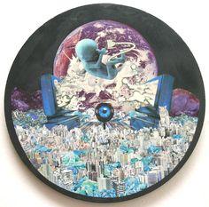 Download - collage sobre madeira - 33 cm - 2007 - colagem de Silvio Alvarez - Acervo Escola Bosque - arte, art, collage, colagem, collage art, collage artist, paper, papel, revistas, recortes, sustentabilidade, reciclagem, reaproveitamento, arte ambiental, brazilian art, silvio Alvarez, surrealism, surrealismo, surreal, collagework, download, criança, feto, nasciemnto, nascimento, tecnologia, modernidade, computador, nova geracao, vida, informatica, computer, fetus, birth,