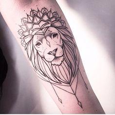 Melina Wendlandt - German Tattoo artist #Lion #Geometric #MelinaWendlandt #Tattoo