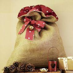 Diy christmas Burlap & polka dot Santa sack