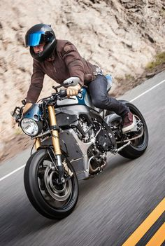 BMW S1000 R Cafe Racer Orlando Bloom